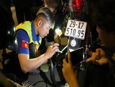 SOS Hướng Nam: Biệt đội cứu hộ miễn phí trong đêm