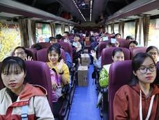 Chuyến xe miễn phí đưa hàng ngàn SV về quê đón tết
