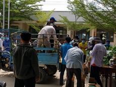 Video: Cả nước chung tay hỗ trợ thôn Văn Lâm 3