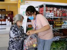 Video: Siêu thị hạnh phúc 0 đồng đầu tiên ở Sài Gòn