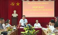 Clip họp báo vụ nhảy lầu tự tử ở trụ sở tòa Bình Phước