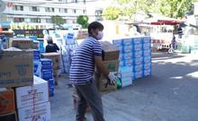Đà Nẵng: Đổ xô tiếp tế lương thực cho bệnh viện