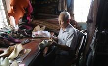 Chuyện giờ mới kể về nghệ nhân đóng giày cuối cùng ở Sài Gòn