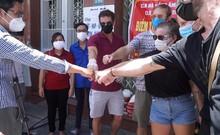 Người nước ngoài chung sức cùng Đà Nẵng chống dịch