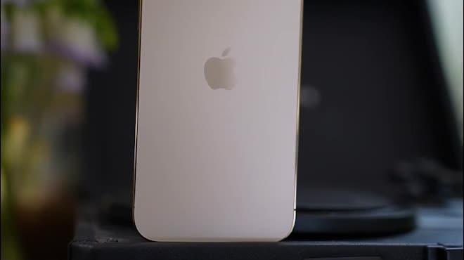 """Tại sao nói iPhone 12 Pro Max là """"vua"""" của thế giới smartphone?"""