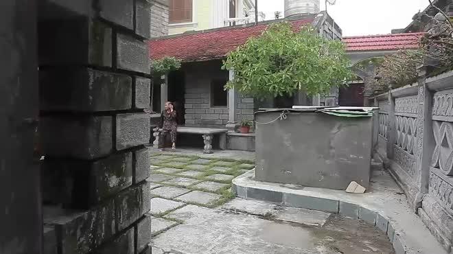 Tiết lộ bất ngờ về ngôi nhà cổ làm bằng đá độc nhất vô nhị ở Ninh Bình