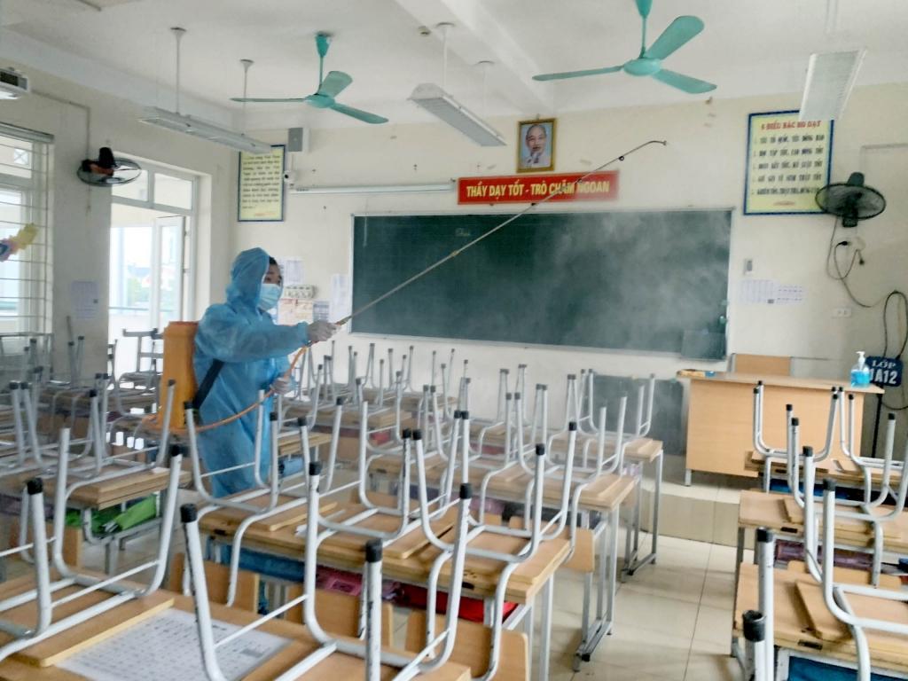 Hà Nội: Các trường học tổng vệ sinh, khử khuẩn sẵn sàng đón học sinh trở lại trường