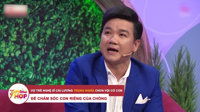 Lấy vợ ở tuổi 52, nam nghệ sĩ Việt tâm sự về bà xã kém 29 tuổi