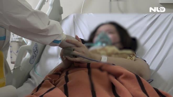 Bác sĩ đấu trí giành sự sống cho thai phụ mắc Covid-19 nguy kịch